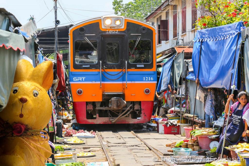 Osterhase-Thailand-1024x683